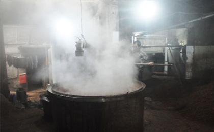四川省泸州博士酒厂